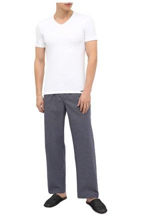 Мужская хлопковая футболка TOM FORD белого цвета, арт. T4M091040 | Фото 2 (Длина (для топов): Стандартные; Материал внешний: Хлопок; Рукава: Короткие; Мужское Кросс-КТ: Футболка-белье; Кросс-КТ: домашняя одежда)