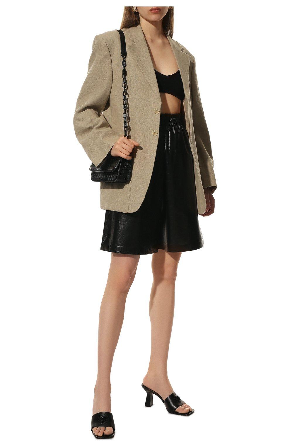 Женские кожаные шорты BOTTEGA VENETA черного цвета, арт. 633445/VKLC0 | Фото 2