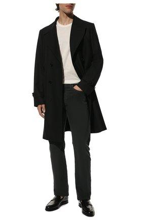 Мужские хлопковые брюки TOM FORD темно-серого цвета, арт. BVJ19/TFD002 | Фото 2 (Материал внешний: Хлопок; Длина (брюки, джинсы): Стандартные; Случай: Повседневный; Стили: Кэжуэл)