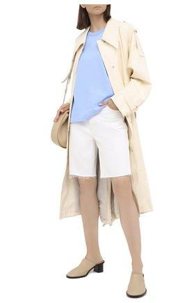 Женские джинсовые шорты AGOLDE белого цвета, арт. A9003-1183 | Фото 2
