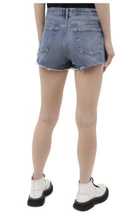 Женские джинсовые шорты AGOLDE синего цвета, арт. A026C-1141 | Фото 4 (Женское Кросс-КТ: Шорты-одежда; Кросс-КТ: Деним; Длина Ж (юбки, платья, шорты): Мини; Материал внешний: Хлопок; Детали: Потертости; Стили: Кэжуэл)