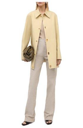 Женские джинсы BOTTEGA VENETA бежевого цвета, арт. 636899/V08Y0 | Фото 2