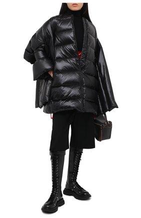 Женский пуховик VALENTINO черного цвета, арт. UB3CP00N5LE | Фото 2
