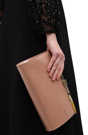 Женский клатч palmette  CHRISTIAN LOUBOUTIN бежевого цвета, арт. palmette clutch patent | Фото 2