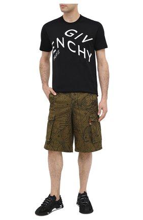Мужские хлопковые шорты GIVENCHY хаки цвета, арт. BM50ML133A | Фото 2