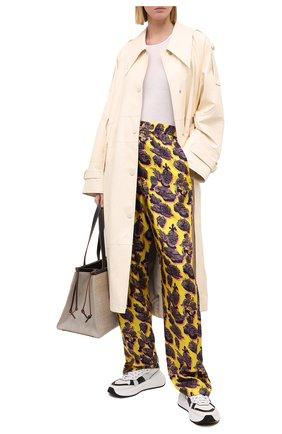 Женские шелковые брюки STELLA MCCARTNEY желтого цвета, арт. 601570/SPN17 | Фото 2