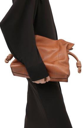 Женский клатч flamenco из кожи питона LOEWE бежевого цвета, арт. A411FC1X07/PBIV | Фото 2