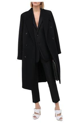 Женские шерстяные брюки BOTTEGA VENETA черного цвета, арт. 628898/VKX00 | Фото 2