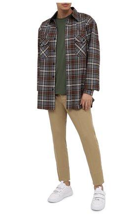 Мужской хлопковые брюки DSQUARED2 бежевого цвета, арт. S74KB0462/S39021 | Фото 2