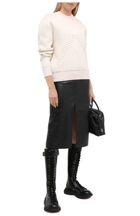 Женская свитшот из шерсти и вискозы ALEXANDER MCQUEEN белого цвета, арт. 641894/Q1ARM | Фото 2