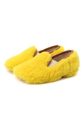 Детского домашние туфли из меха GALLUCCI желтого цвета, арт. M00003AS/SC P C CRE MCU | Фото 1 (Материал внешний: Натуральный мех; Материал внутренний: Натуральная кожа; Кросс-КТ: слиперы)
