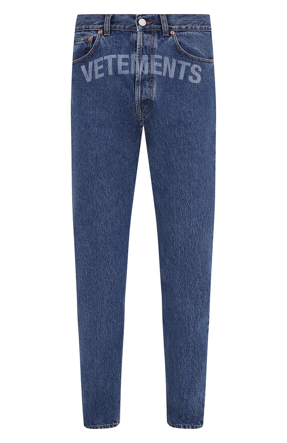 Мужские джинсы VETEMENTS синего цвета, арт. MAH21PA136 2802   Фото 1