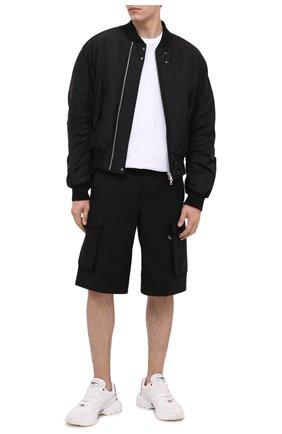 Мужской бомбер DRIES VAN NOTEN черного цвета, арт. 202-20503-1314   Фото 3 (Кросс-КТ: Куртка; Рукава: Длинные; Принт: Без принта; Материал внешний: Синтетический материал; Мужское Кросс-КТ: Верхняя одежда; Длина (верхняя одежда): Короткие; Стили: Кэжуэл)