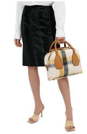 Женская сумка daria medium CHLOÉ коричневого цвета, арт. CHC20AS360D17   Фото 2