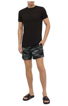 Детского плавки-шорты TOM FORD темно-зеленого цвета, арт. BV683/TFB450 | Фото 2