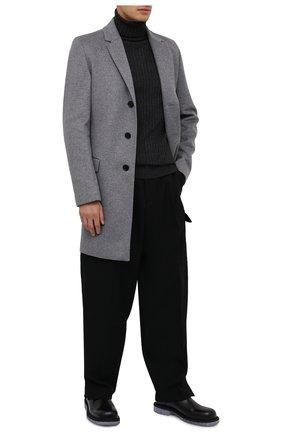 Мужской пальто из шерсти и кашемира HUGO серого цвета, арт. 50438454   Фото 2