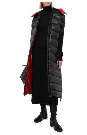 Женский пуховик VALENTINO черного цвета, арт. UB3CP00P5LE | Фото 2