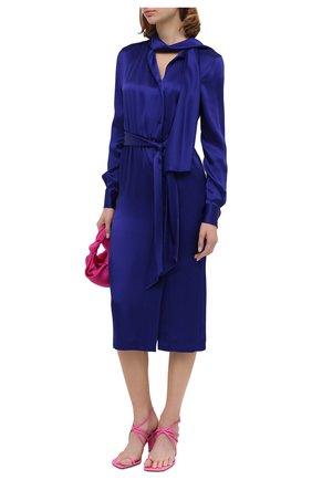 Женское платье TOM FORD синего цвета, арт. AB2868-FAX727 | Фото 2 (Материал внешний: Вискоза, Синтетический материал; Длина Ж (юбки, платья, шорты): Миди; Рукава: Длинные; Женское Кросс-КТ: Платье-одежда; Стили: Романтичный; Случай: Вечерний)