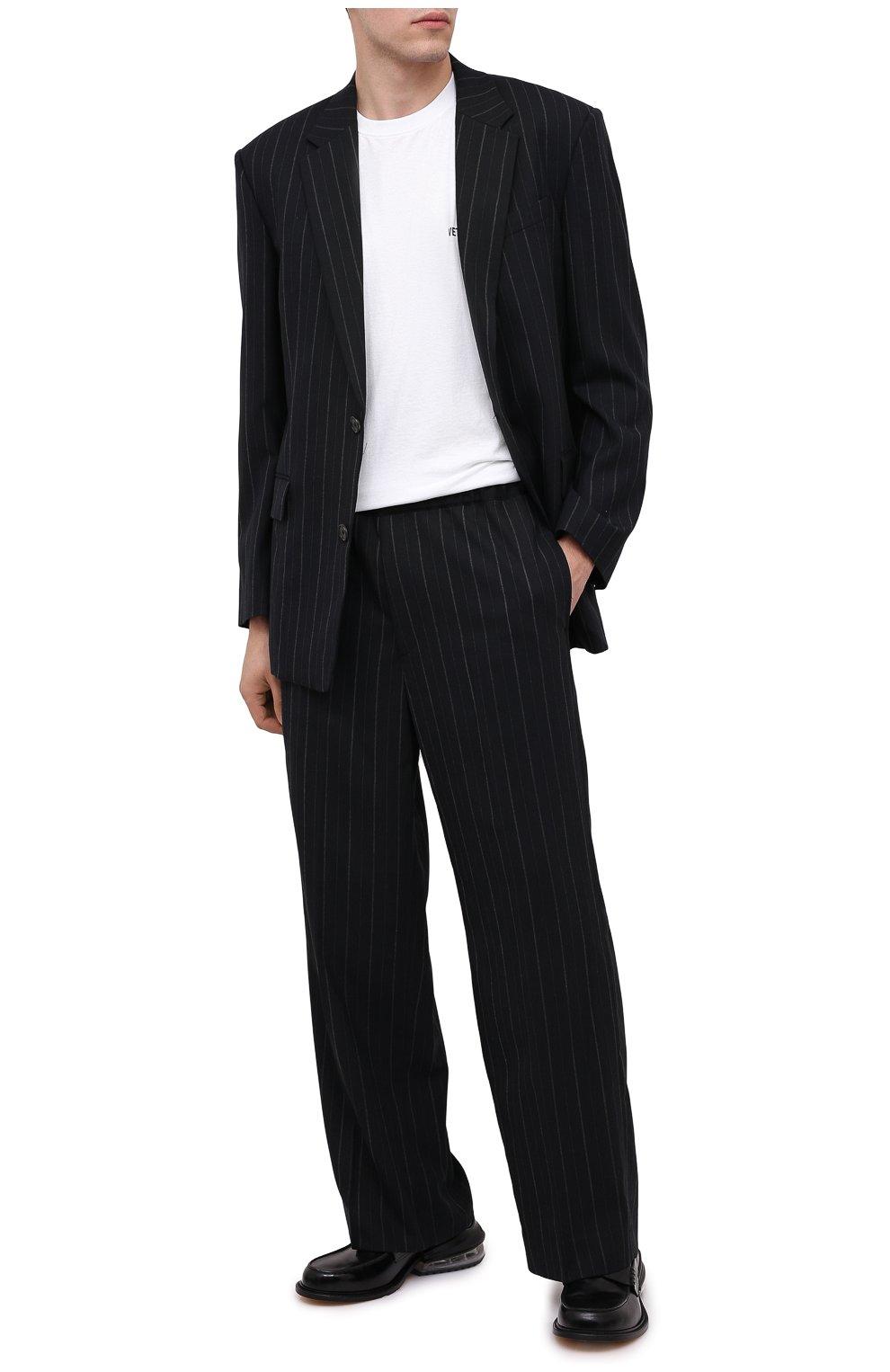 Мужские брюки JUUN.J черного цвета, арт. JC0921P055   Фото 2 (Материал внешний: Шерсть, Синтетический материал; Длина (брюки, джинсы): Стандартные; Случай: Повседневный; Материал подклада: Синтетический материал; Стили: Минимализм)