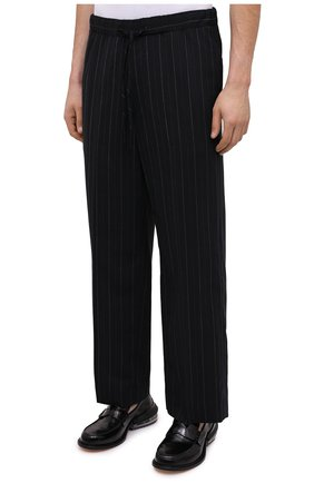 Мужские брюки JUUN.J черного цвета, арт. JC0921P055   Фото 3 (Материал внешний: Шерсть, Синтетический материал; Длина (брюки, джинсы): Стандартные; Случай: Повседневный; Материал подклада: Синтетический материал; Стили: Минимализм)