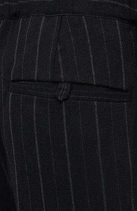 Мужские брюки JUUN.J черного цвета, арт. JC0921P055   Фото 5 (Материал внешний: Шерсть, Синтетический материал; Длина (брюки, джинсы): Стандартные; Случай: Повседневный; Материал подклада: Синтетический материал; Стили: Минимализм)