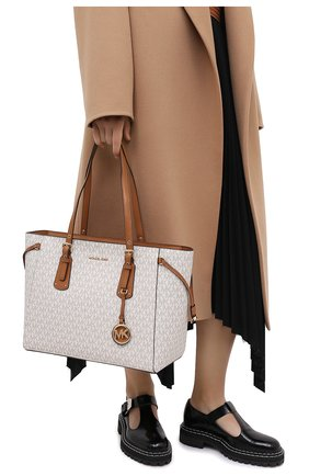 Женский сумка-тоут voyager medium MICHAEL MICHAEL KORS бежевого цвета, арт. 30F8GV6T2B | Фото 2