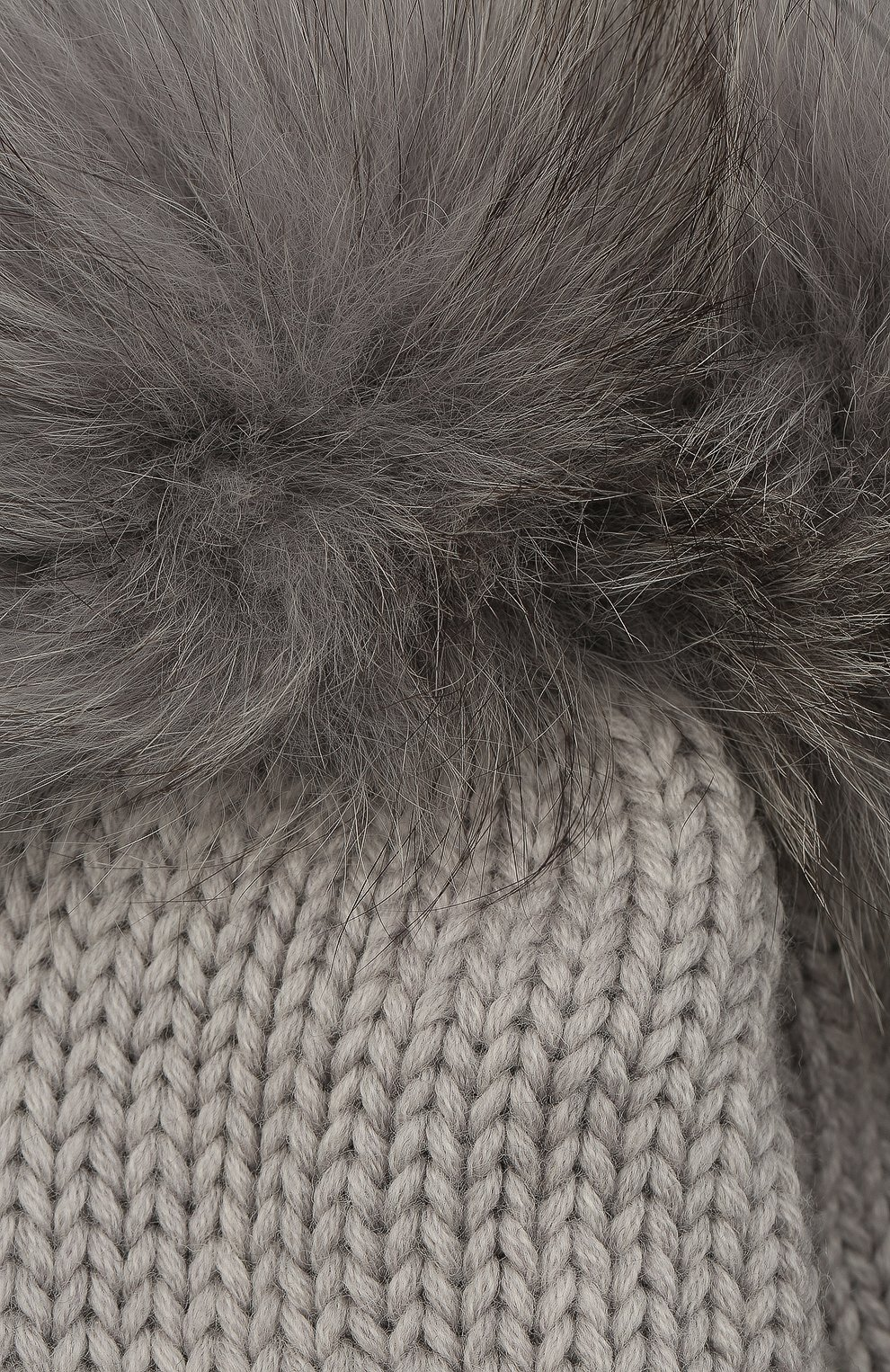 Детского шерстяная шапка с меховыми помпонами WOOLRICH серого цвета, арт. CFWKAC0078FR/UF0096   Фото 3