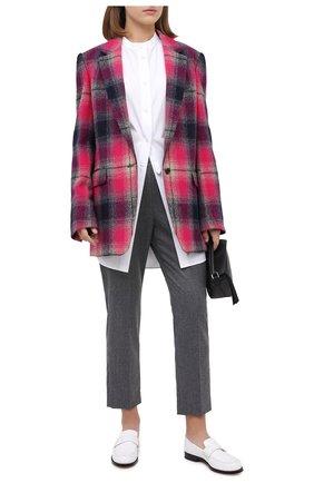 Женские шерстяные брюки STELLA MCCARTNEY серого цвета, арт. 601806/SNB53 | Фото 2 (Материал внешний: Шерсть; Женское Кросс-КТ: Брюки-одежда; Силуэт Ж (брюки и джинсы): Прямые; Стили: Кэжуэл)