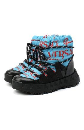 Детские утепленные ботинки VERSACE голубого цвета, арт. YHX00043/YB00351/27-29 | Фото 1 (Материал внешний: Текстиль; Материал внутренний: Натуральная кожа, Текстиль)