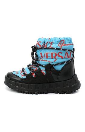 Детские утепленные ботинки VERSACE голубого цвета, арт. YHX00043/YB00351/27-29 | Фото 2 (Материал внешний: Текстиль; Материал внутренний: Натуральная кожа, Текстиль)