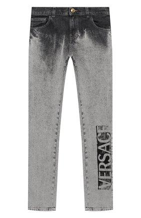 Детские джинсы VERSACE серого цвета, арт. YD000245/A236335/8A-14A | Фото 1
