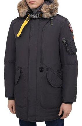 Мужская пуховая парка tank с меховой отделкой PARAJUMPERS темно-серого цвета, арт. MA07/TANK   Фото 4 (Кросс-КТ: Куртка, Пуховик; Мужское Кросс-КТ: пуховик-короткий, Пуховик-верхняя одежда, Верхняя одежда; Рукава: Длинные; Длина (верхняя одежда): До середины бедра; Материал внешний: Синтетический материал; Стили: Спорт-шик; Материал подклада: Синтетический материал; Материал утеплителя: Пух и перо)