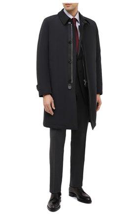 Мужская хлопковая сорочка TOM FORD светло-серого цвета, арт. QFT191/94S1JE | Фото 2 (Длина (для топов): Стандартные; Материал внешний: Хлопок; Рукава: Длинные; Мужское Кросс-КТ: Сорочка-одежда; Принт: Однотонные; Случай: Формальный; Стили: Классический; Манжеты: На пуговицах; Воротник: Кент)