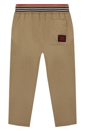 Детские хлопковые брюки BURBERRY бежевого цвета, арт. 8030128 | Фото 2
