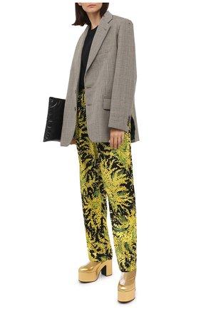 Женские шелковые брюки BALENCIAGA желтого цвета, арт. 595222/TJL16 | Фото 2