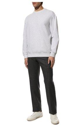 Мужские шерстяные брюки TOM FORD темно-серого цвета, арт. Q31R11/610043 | Фото 2 (Длина (брюки, джинсы): Стандартные; Материал подклада: Купро; Материал внешний: Шерсть; Случай: Повседневный; Стили: Классический)