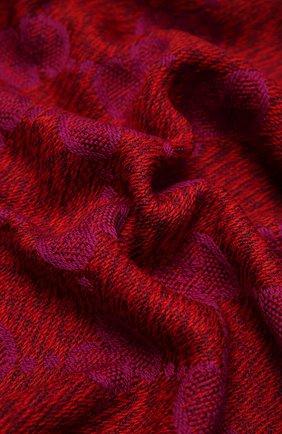 Женский шерстяной шарф GUCCI красного цвета, арт. 627011/3G200 | Фото 2 (Материал: Шерсть)