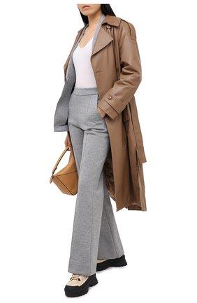 Женские хлопковые брюки DOROTHEE SCHUMACHER серого цвета, арт. 928002/MINIMALISTIC CHARM | Фото 2