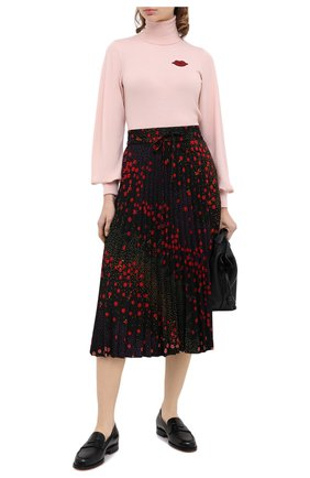 Женская шерстяная водолазка REDVALENTINO светло-розового цвета, арт. UR0KC03Y/5FT   Фото 2 (Длина (для топов): Стандартные; Материал внешний: Шерсть; Рукава: Длинные; Стили: Романтичный; Женское Кросс-КТ: Водолазка-одежда)