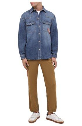 Мужская джинсовая рубашка GUCCI синего цвета, арт. 633935/XDBEX | Фото 2