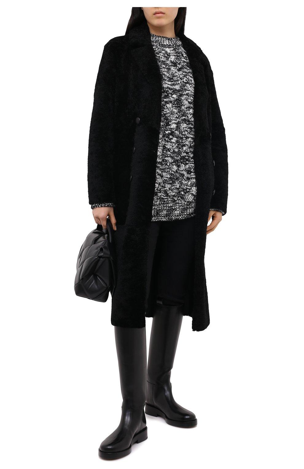 Женская шуба из овчины ANNE VEST черного цвета, арт. AW20/01/202/01/CL0E   Фото 2 (Женское Кросс-КТ: Мех; Рукава: Длинные; Материал внешний: Натуральный мех; Длина (верхняя одежда): Длинные; Стили: Кэжуэл)