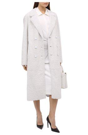 Женская шуба из овчины ANNE VEST белого цвета, арт. AW20/01/202/07/CL0E | Фото 2 (Материал внешний: Натуральный мех; Рукава: Длинные; Длина (верхняя одежда): Длинные; Женское Кросс-КТ: Мех; Стили: Кэжуэл, Классический)