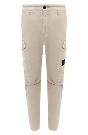 Мужской хлопковые брюки-карго STONE ISLAND бежевого цвета, арт. 731531310 | Фото 1
