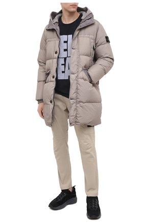 Мужской хлопковые брюки-карго STONE ISLAND бежевого цвета, арт. 731531310 | Фото 2