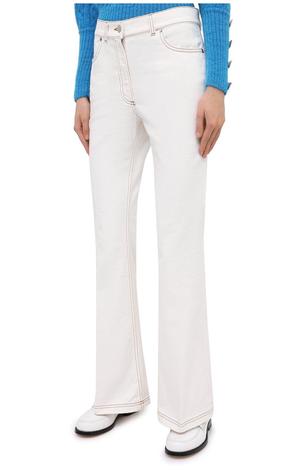 Женские джинсы JW ANDERSON белого цвета, арт. TR0105 PG0178   Фото 3 (Кросс-КТ: Деним; Длина (брюки, джинсы): Стандартные; Материал внешний: Хлопок; Стили: Классический)