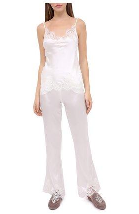 Женские брюки I.D. SARRIERI белого цвета, арт. L3070 | Фото 2