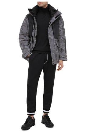 Мужские джоггеры KNT черного цвета, арт. UPKN002J02T34 | Фото 2 (Материал внешний: Лиоцелл, Хлопок; Длина (брюки, джинсы): Стандартные; Силуэт М (брюки): Джоггеры; Стили: Спорт-шик)