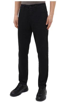 Мужские хлопковые брюки TRANSIT темно-серого цвета, арт. CFUTRMA100   Фото 3 (Силуэт М (брюки): Чиносы; Длина (брюки, джинсы): Стандартные; Случай: Повседневный; Материал внешний: Хлопок; Стили: Кэжуэл)