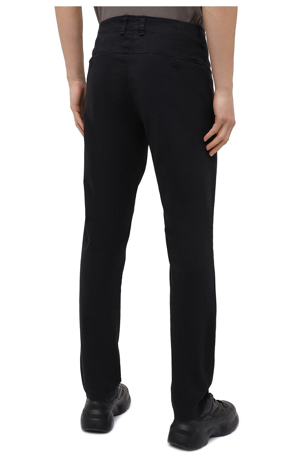 Мужские хлопковые брюки TRANSIT темно-серого цвета, арт. CFUTRMA100   Фото 4 (Силуэт М (брюки): Чиносы; Длина (брюки, джинсы): Стандартные; Случай: Повседневный; Материал внешний: Хлопок; Стили: Кэжуэл)
