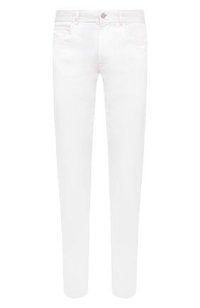 Мужские джинсы MONCLER белого цвета, арт. F2-091-2A728-10-54A2A | Фото 1 (Материал внешний: Хлопок, Деним; Стили: Кэжуэл; Силуэт М (брюки): Прямые; Длина (брюки, джинсы): Стандартные)